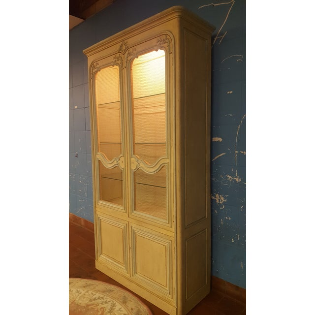Baker French Provincial China Cabinet - Image 6 of 11