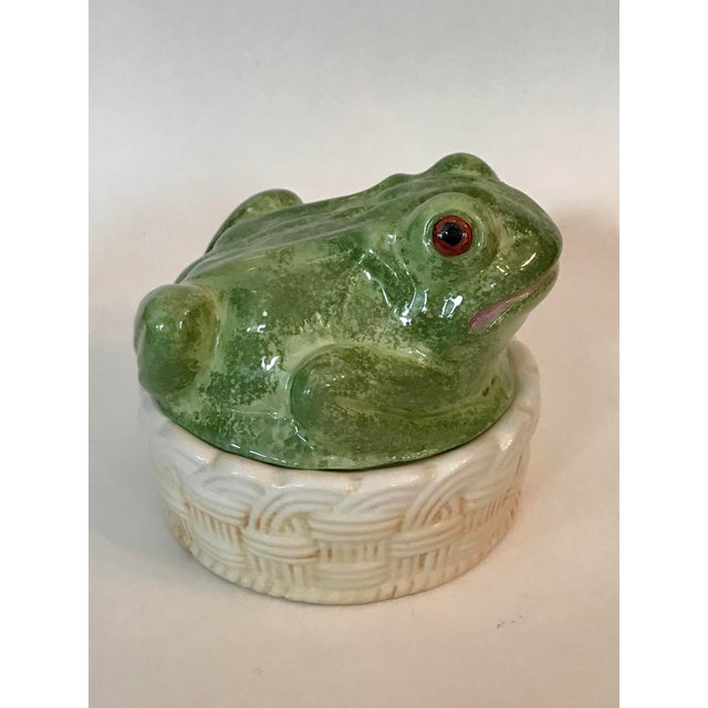 Charming hand painted frog trinket box made in Nove, part of the Veneto region in northeastern Italy known for its ceramic...