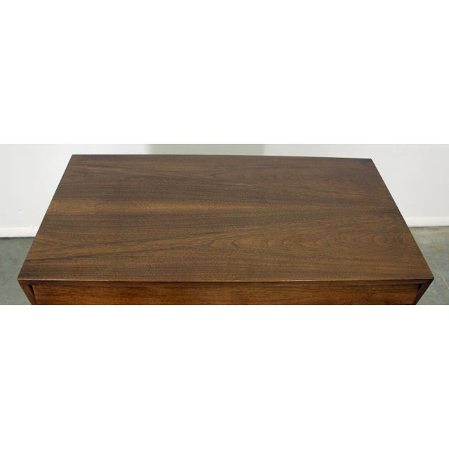 Danish Modern Mid-Century Modern American of Martinsville Merton Gershun Louvre Bachelor Chest For Sale - Image 3 of 12
