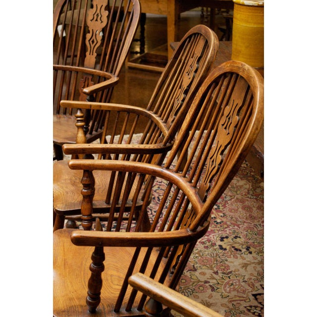 Set of Eight High-back Windsor Armchairs, English circa 1850 For Sale In San Francisco - Image 6 of 10