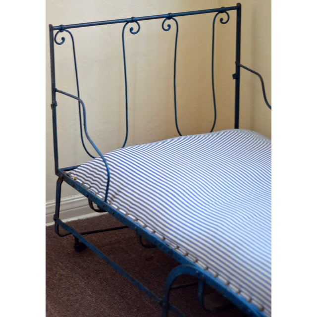 19th Century Antique French Scrolling Iron Daybed - Image 3 of 10