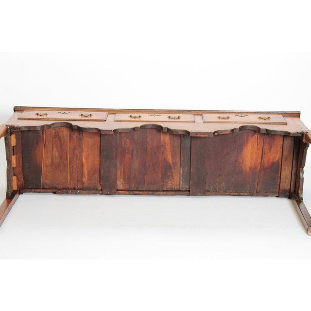 English Early 19th Century Oak Three Drawer Dresser Base For Sale - Image 11 of 13