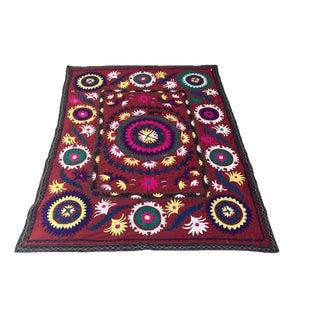"1971 Handmade Suzani Bedspread Throw - 6' x 4'8"" For Sale"