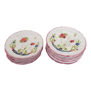 Floral Dinner Plates With Scalloped Edge - Set of 15 For Sale