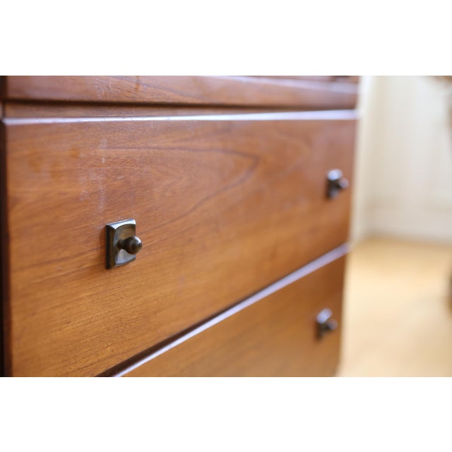 Mid Century Modern Three Drawer Chest / Cabinet - Image 5 of 8
