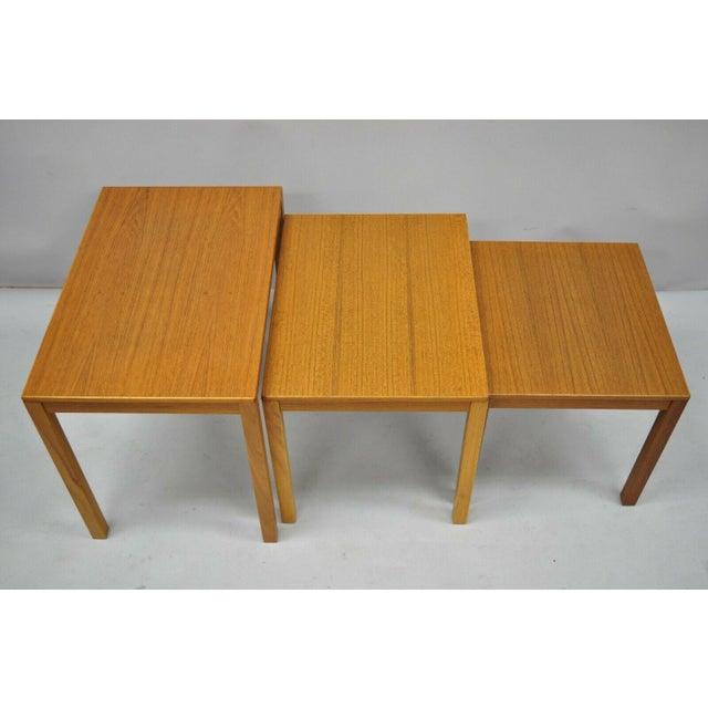 Bent Silberg Mobler 1960s Mid Century Modern Bent Silberg Teak Nesting Stacking Side Tables - Set of 3 For Sale - Image 4 of 10