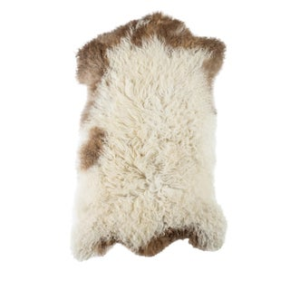 "Contemporary Natural Wool Sheepskin Pelt - 1'10""x2'11"" For Sale"
