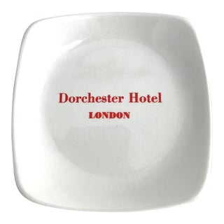 1960's Dorchester Hotel London White Bone China Catchall For Sale