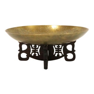 Early 20th Century Chinese Engraved Bronze Bowl With Stand For Sale