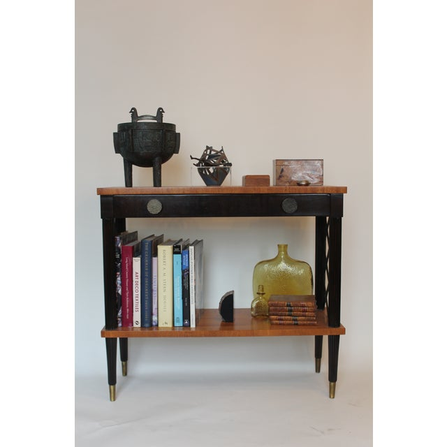Hollywood Regency 1940s Vintage Lattice Side and Reeded Leg Mahogany Console Table For Sale - Image 3 of 7