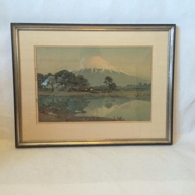 Beautiful Hiroshi Yoshida Japanese Woodblock Print. Linen matte, black and gilt frame. The image depicts Mount Fuji...