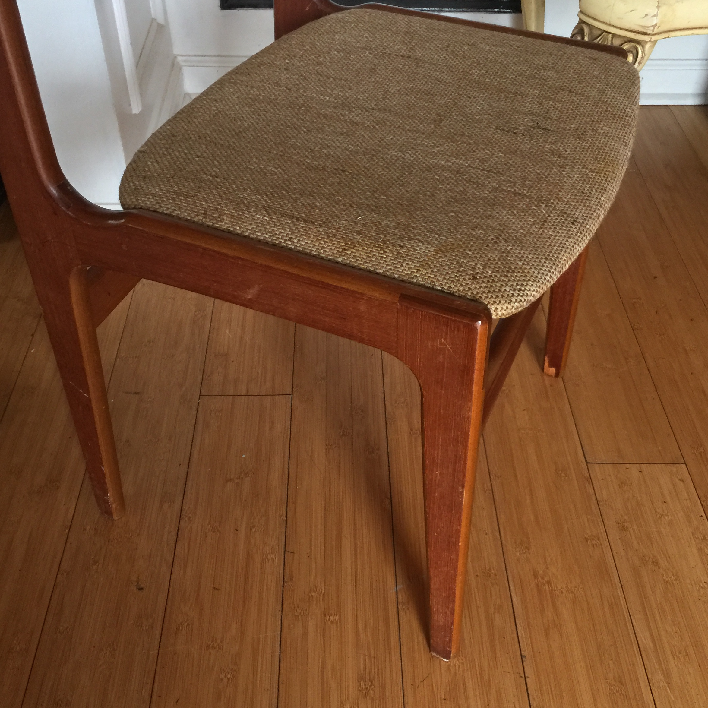 Merveilleux Vintage Scandinavian Mid Century Wool Upholstered Chair For Sale In Atlanta    Image 6 Of 8