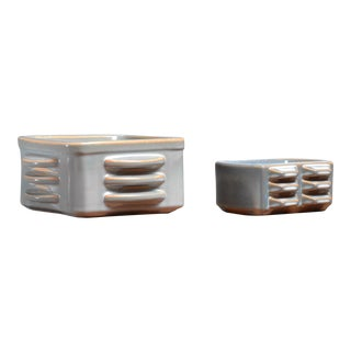 Pair of ceramic bowls by Einar Johansen for Soholm, Denmark, 1960s For Sale