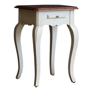 20th Century French Country Ethan Allen Legacy Accent Table For Sale