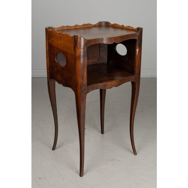 French 1930s French Louis XV Style Walnut Side Table For Sale - Image 3 of 9