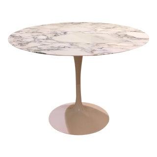 Arabescato Marble Saarinen Tulip Table