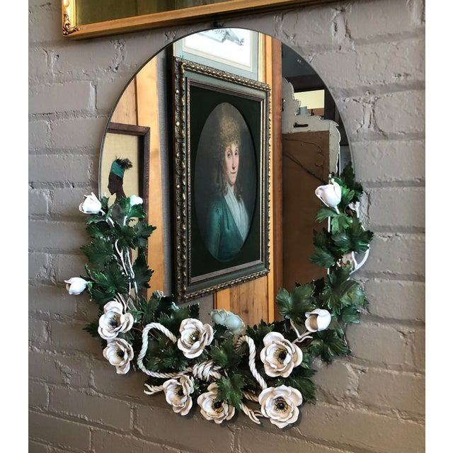 Hollywood Regency Vintage 1940s Round Hollywood Regency Tole Wall Mirror For Sale - Image 3 of 10