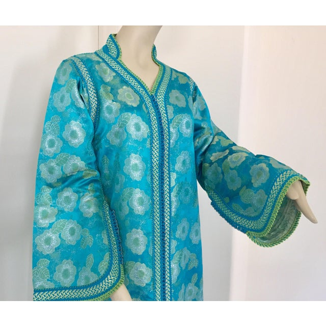 Gold Moroccan Kaftan in Turquoise and Gold Floral Brocade Metallic Lame For Sale - Image 8 of 12