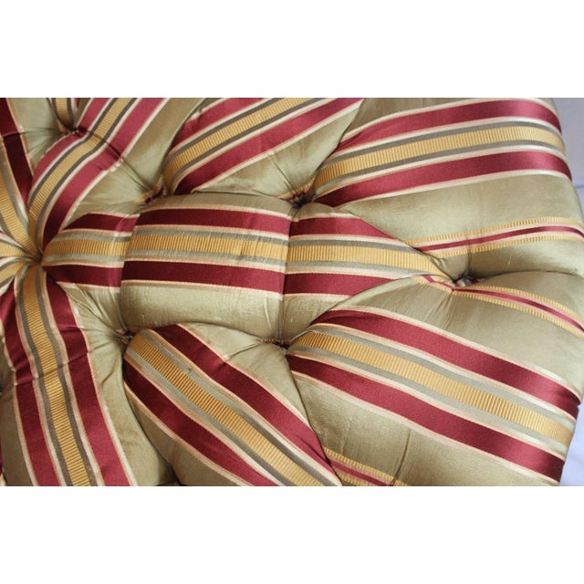 Henredon Round Tufted Striped Silk Ottoman For Sale In New York - Image 6 of 8