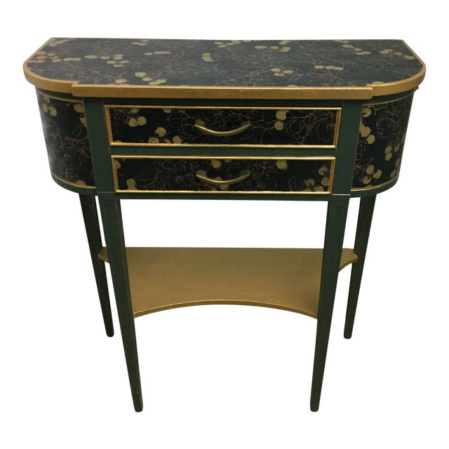 Charming Hekman Sidetable Refinished With Handmade Paper For Sale