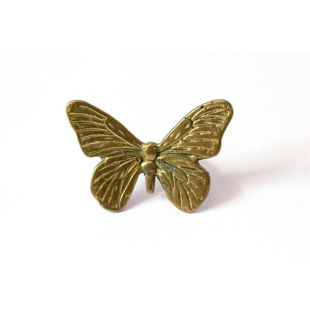 Mid 20th Century Vintage Mid-Century Brass Butterfly Napkin Rings - Set of 4 For Sale - Image 5 of 9