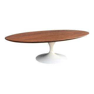 1960s Mid-Century Modern Eero Saarinen for Knoll Associates Tulip Coffee Table For Sale