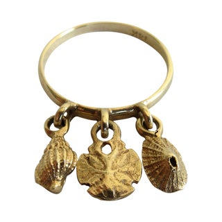 Petite 14k Gold Dangle Shell Ring For Sale