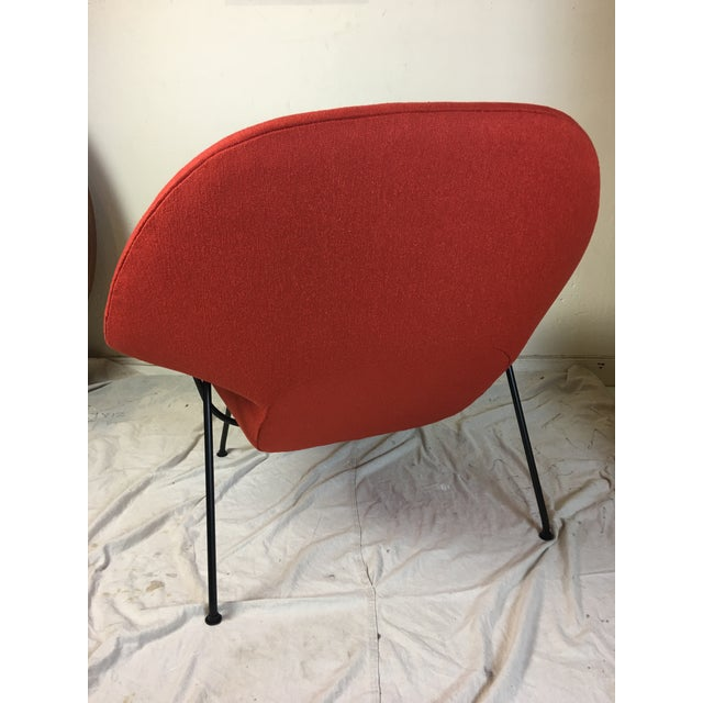 Eero Saarinen for Knoll 1950s Womb Chair and Ottoman - a Pair For Sale - Image 9 of 13