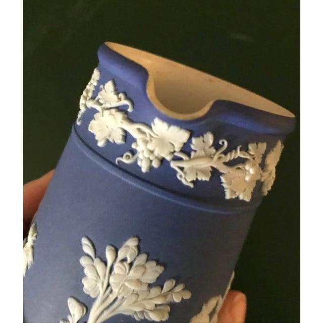 Ceramic Neoclassical Wedgwood Jasperware Cream & Sugar Containers - 2 Pieces For Sale - Image 7 of 13