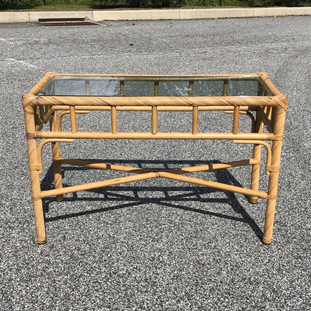 A nice rattan console table that can be used in any room. Looks great with its current natural finish or paint it to give...