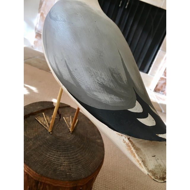 Wooden Seagull Mounted on Pedestal For Sale In New York - Image 6 of 8