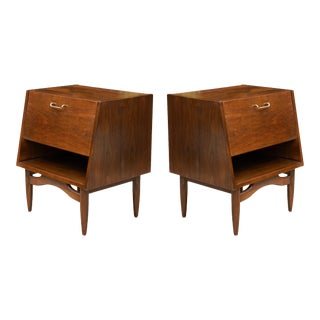 Dania Nightstands by Merton Gershun for American of Martinsville - a Pair For Sale