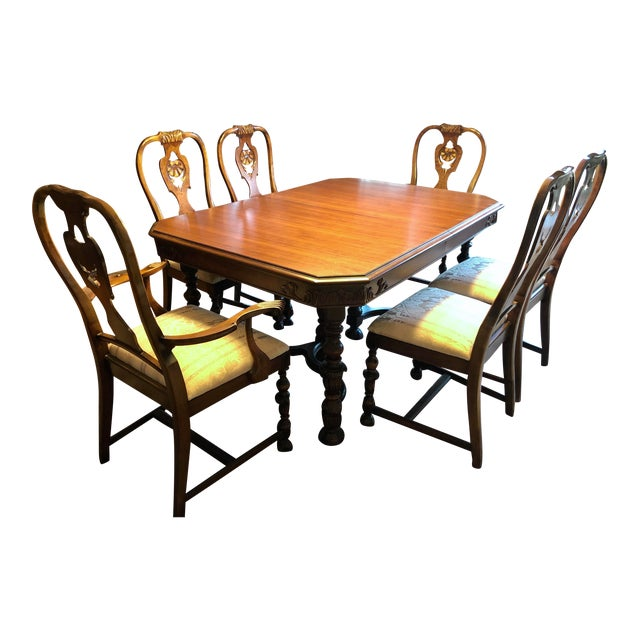 Berkey and Gay Dining Set For Sale