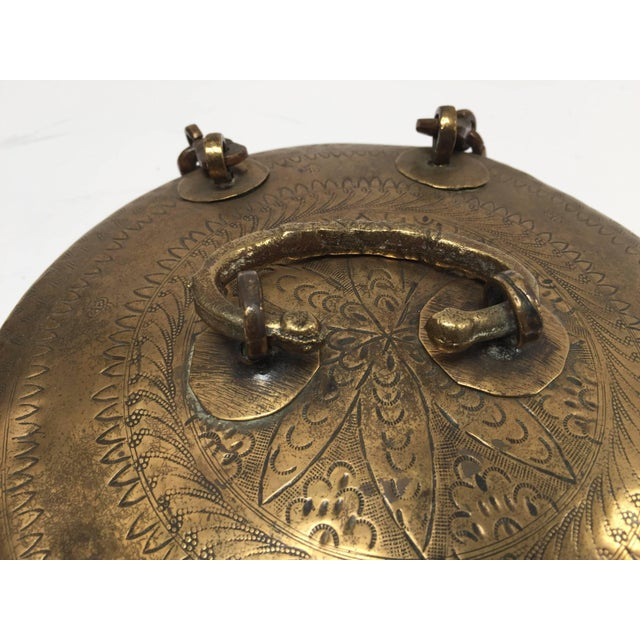Anglo-Indian Anglo Indian Decorative Brass Lidded Tea Caddy For Sale - Image 3 of 8