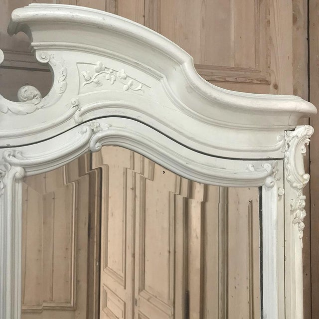 19th Century French Louis XV Painted Triple Armoire For Sale In Dallas - Image 6 of 13