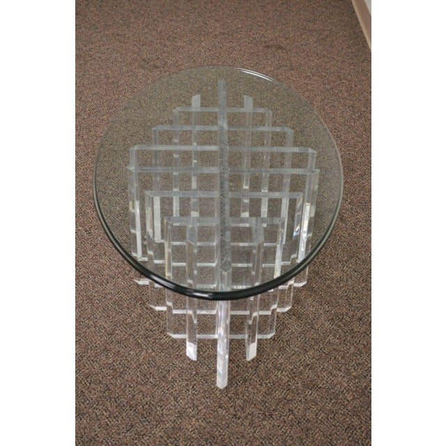 1960s Mid Century Modern Sculptural Lucite Grid Oval Coffee Table For Sale - Image 4 of 11