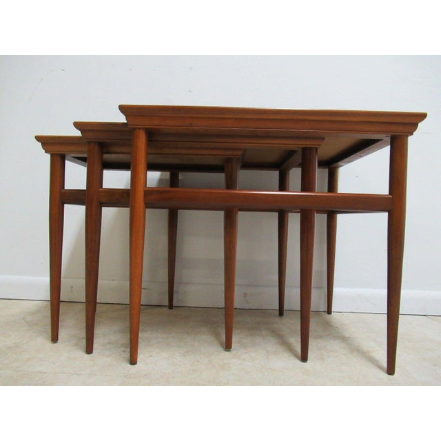 Vintage Mid-Century Danish Modern Nesting End Tables - Set of 3 For Sale - Image 4 of 8