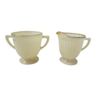 Vintage 1940s Petalware Cream and Sugar - Set of 2 For Sale
