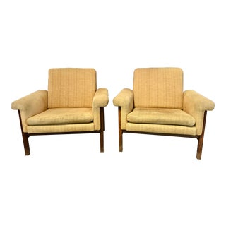 Vintage Mid-Century Eilersen Armchairs- A Pair For Sale