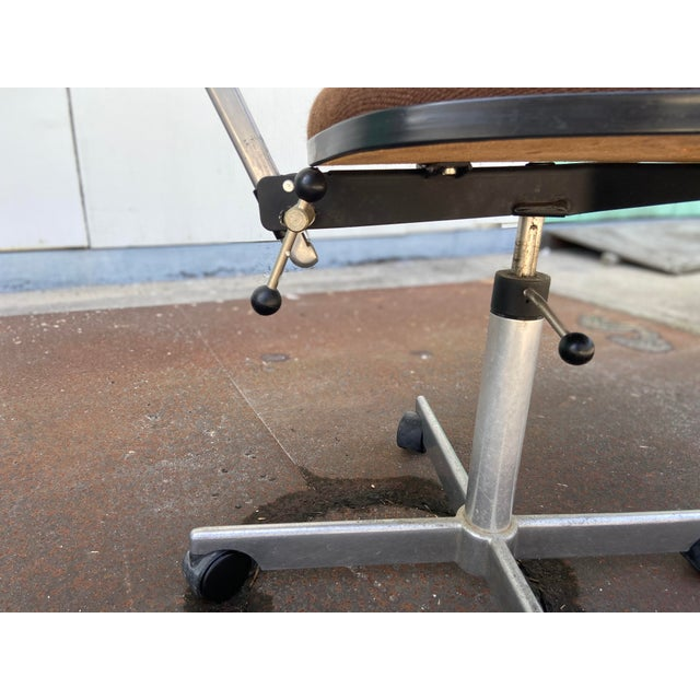 Herman Miller Rolling Office Chair For Sale - Image 10 of 13