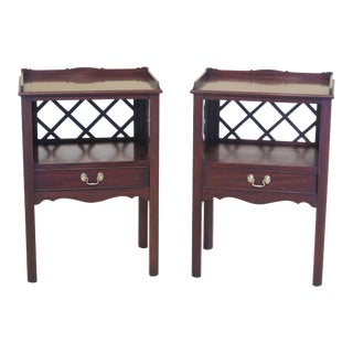 1980s Chippendale Henkel Harris Mahogany Nightstands - a Pair For Sale
