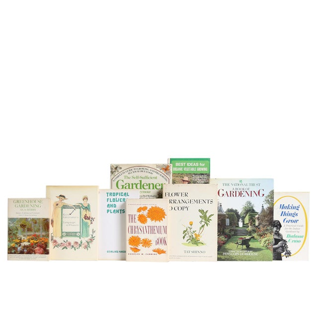 Vintage Garden Dust Jacket Book Set. Features a blend of fifteen authentic vintage books - each volume housed in original...
