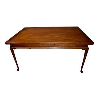 Vintage Queen Anne Kittinger Walnut Draw-Leaf Dining Table For Sale