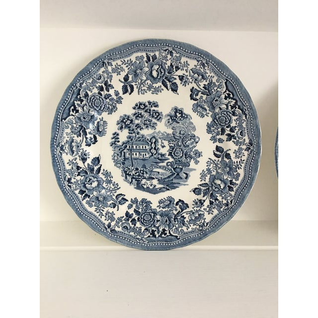 Tonquin Pattern Plates Made by Churchill - Set of 4 For Sale In Washington DC - Image 6 of 6