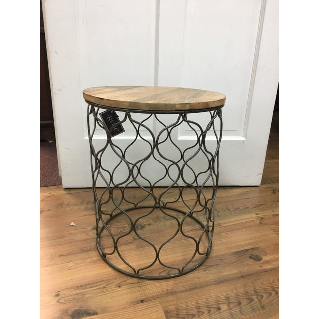 Iron Arabesco Side Table with Mango Wood Top For Sale - Image 12 of 12