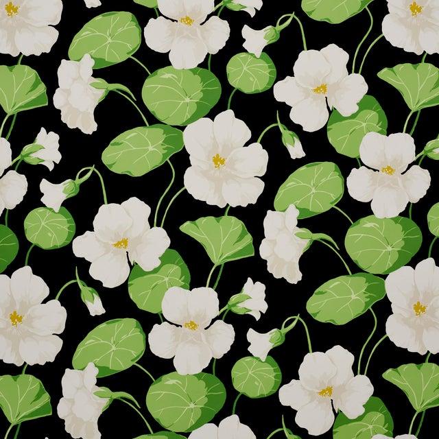 Schumacher Nasturtium Wallpaper in Noir (8 Yards) For Sale In New York - Image 6 of 6
