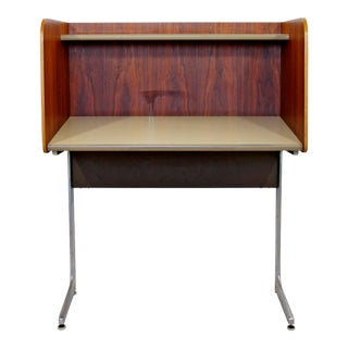 1960s Mid-Century Modern Herman Miller Upright Privacy Desk For Sale
