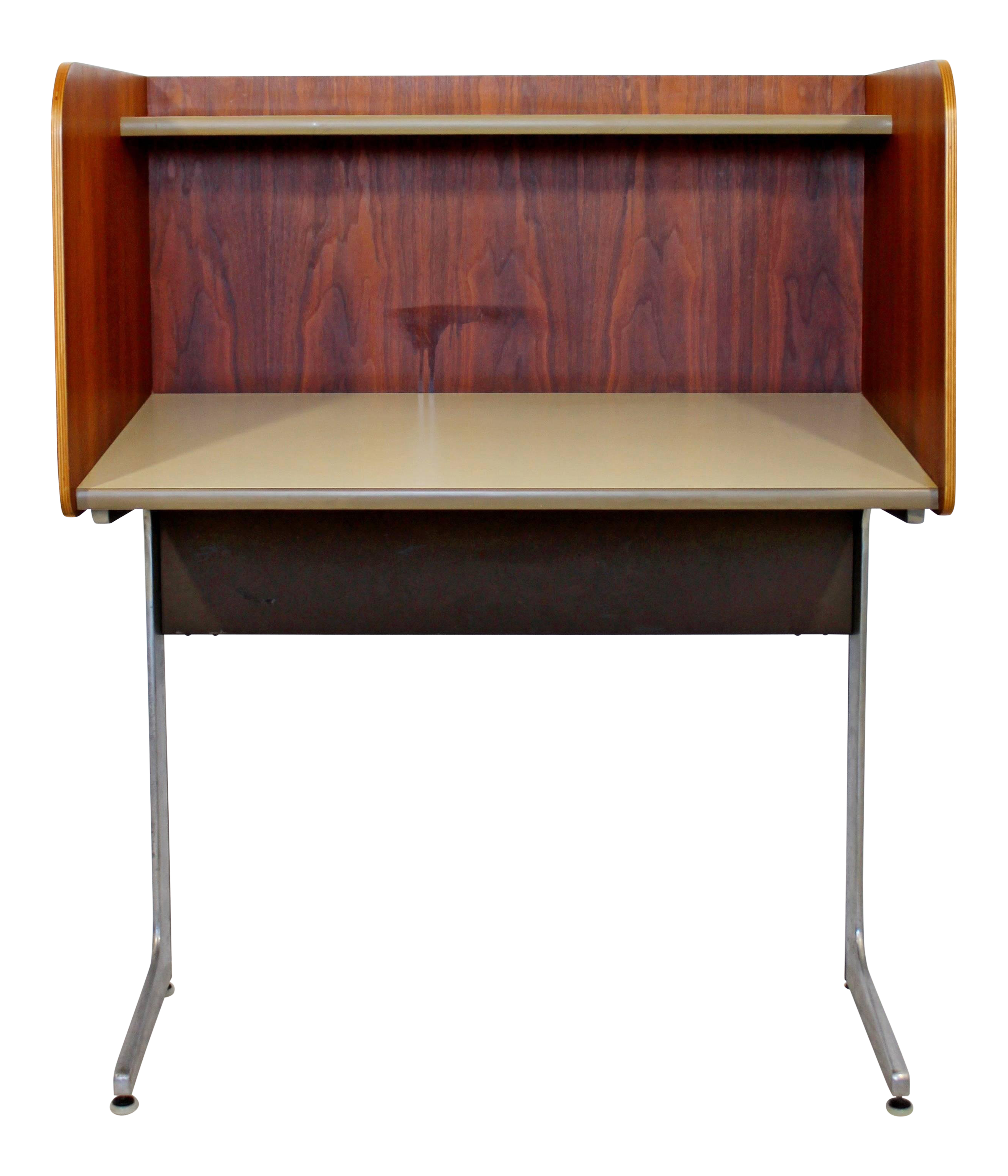 1960s Mid Century Modern Herman Miller Upright Privacy Desk
