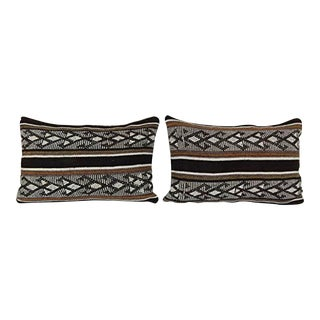 Set of Two Organic Wool Outdoor Turkish Old Kilim Pillow Covers, Retro Design Ethnic Case 16'' X 24'' (40 X 60 Cm) For Sale