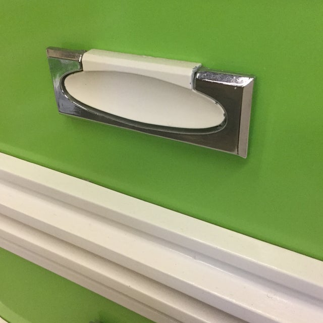 Mid Century Lime Green & White 9 Drawer Dresser For Sale - Image 10 of 13